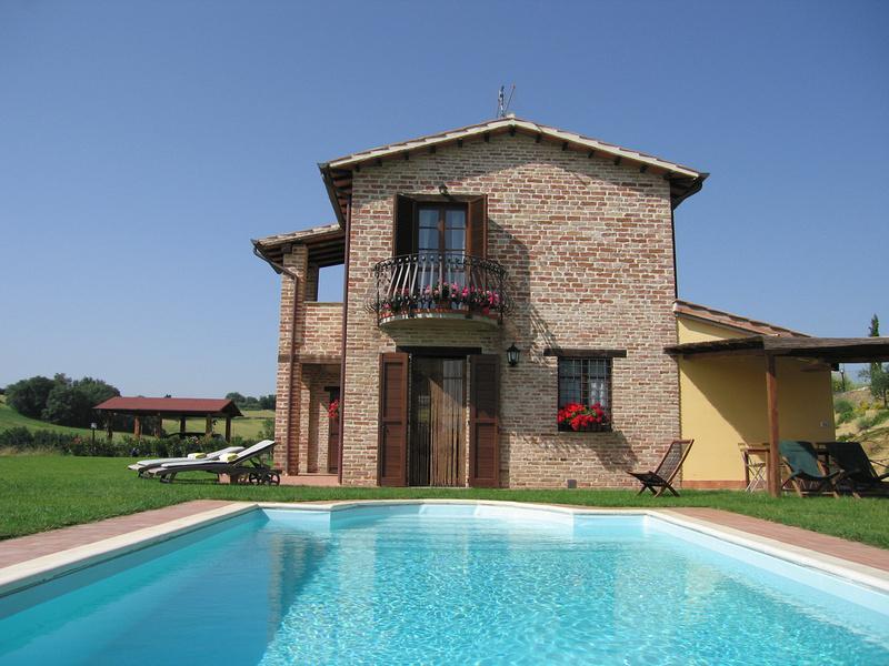 Joanne balchin tuscany casetta selvella villa for Casetta chicco villa
